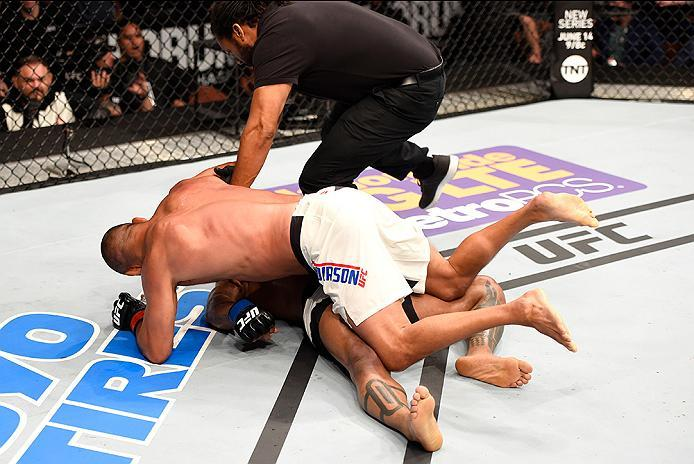 INGLEWOOD, CA - JUNE 04:  Dan Henderson wrestles Hector Lombard of Cuba in their middleweight bout during the UFC 199 event at The Forum on June 4, 2016 in Inglewood, California.  (Photo by Josh Hedges/Zuffa LLC/Zuffa LLC via Getty Images)
