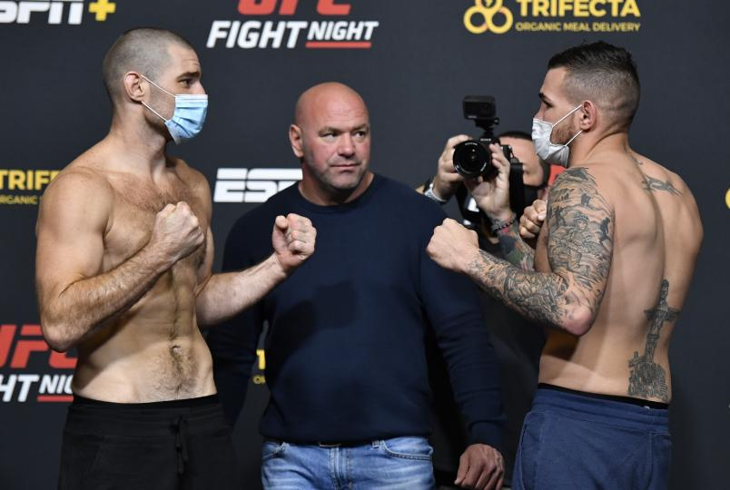 Sean Strickland and Jack Marshman of Wales face off during the UFC Fight Night weigh-in at UFC APEX on October 30, 2020 in Las Vegas, Nevada. (Photo by Jeff Bottari/Zuffa LLC)