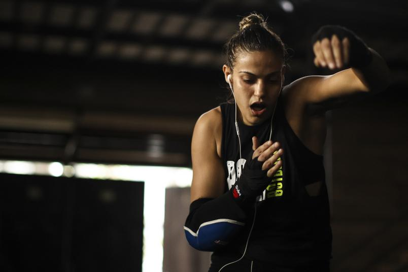 Brazilian MMA athlete Poliana Botelho warms up for a training session amidst the coronavirus (COVID-19) pandemic at Arena Upper on August 19, 2020 in Rio de Janeiro, Brazil. UFC strawweight Poliana Botelho, 31, weighs 52 kilos and has a history of 10 fights, eight victories, six by knockouts, two by judge decision and only two defeats. Botelho currently holds the record for the fastest victory. (Photo by Buda Mendes/Getty Images)