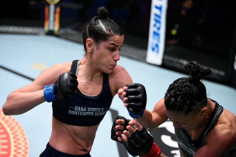 Gloria de Paula punches Pauline Macias in a strawweight bout during Dana White's Contender Series season four week ten at UFC APEX on November 17, 2020 in Las Vegas, Nevada. (Photo by Chris Unger/DWCS LLC)