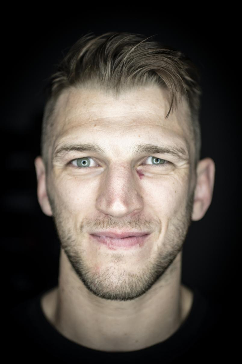 Dan Hooker poses for a UFC 257 portrait on UFC FIGHT ISLAND, 2021 (Photo by Juan Cardenas/Zuffa LLC)