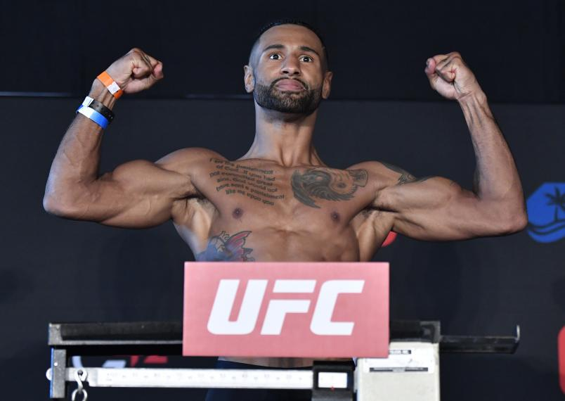 Mike Davis poses on the scale during the UFC weigh-in at Etihad Arena on UFC Fight Island on January 19, 2021 in Abu Dhabi, United Arab Emirates. (Photo by Jeff Bottari/Zuffa LLC)