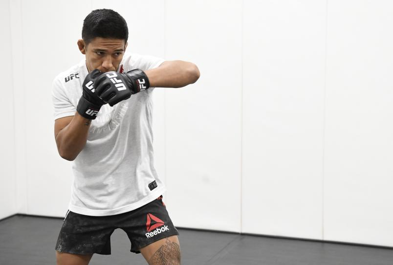 Vince Cachero warms up prior to his fight during the UFC Fight Night event at UFC APEX on August 01, 2020 in Las Vegas, Nevada. (Photo by Mike Roach/Zuffa LLC)
