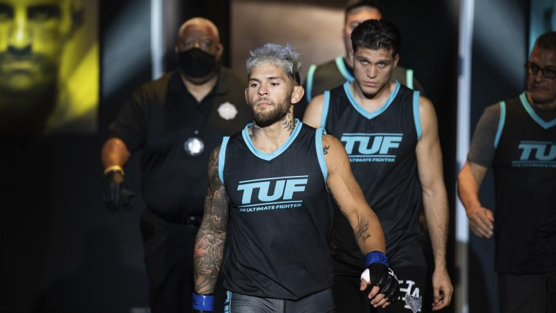Vince Murdock prepares to fight Dustin Lampros on The Return Of The Ultimate Fighter (Photo by Chris Unger/Zuffa LLC)