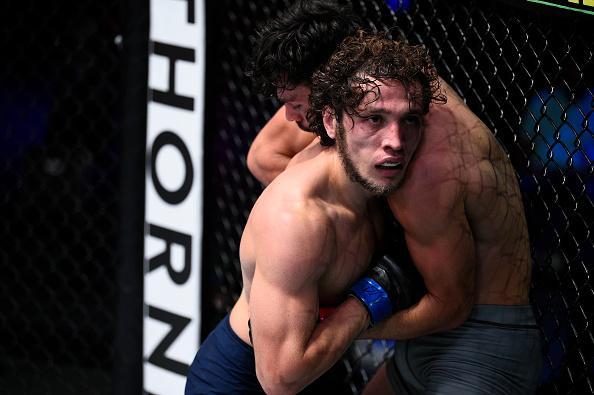 Melsik Baghdasaryan battles Dennis Buzukja in a featherweight bout during week five of Dana White's Contender Series season four at UFC APEX on September 01, 2020 in Las Vegas, Nevada. (Photo by Chris Unger/DWCS LLC/Zuffa LLC)