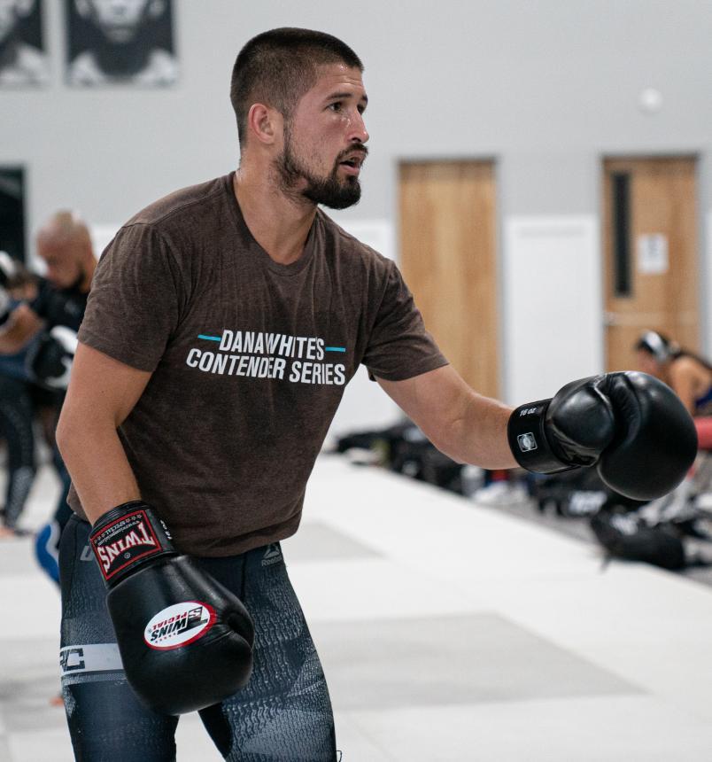 Ronnie Lawrence trains at Sanford MMA in Deerfield Beach, FL (Photo by Gavin Porter/Zuffa LLC)