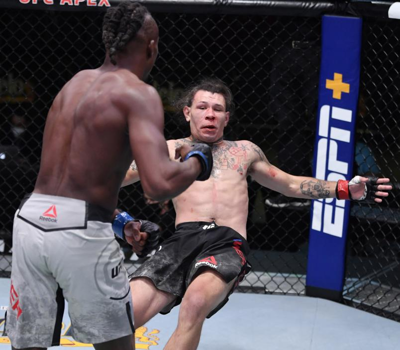 Jalin Turner drops Brok Weaver in a catchweight fight during the UFC Fight Night event at UFC APEX on September 12, 2020 in Las Vegas, Nevada. (Photo by Jeff Bottari/Zuffa LLC)