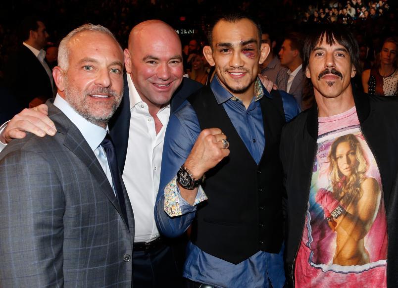 Rockstar Anthony Kiedis with Tony Ferguson, Dana White and Lorenzo Ferttita