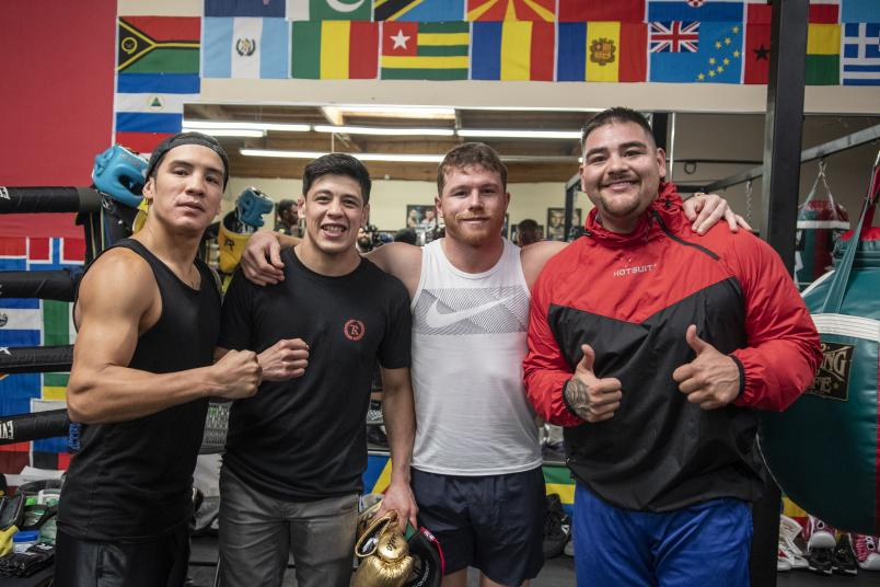 "Boxing super stars Oscar Valdez, Saul ""Canelo"" Alvarez and Andy Ruiz with Brandon Moreno"