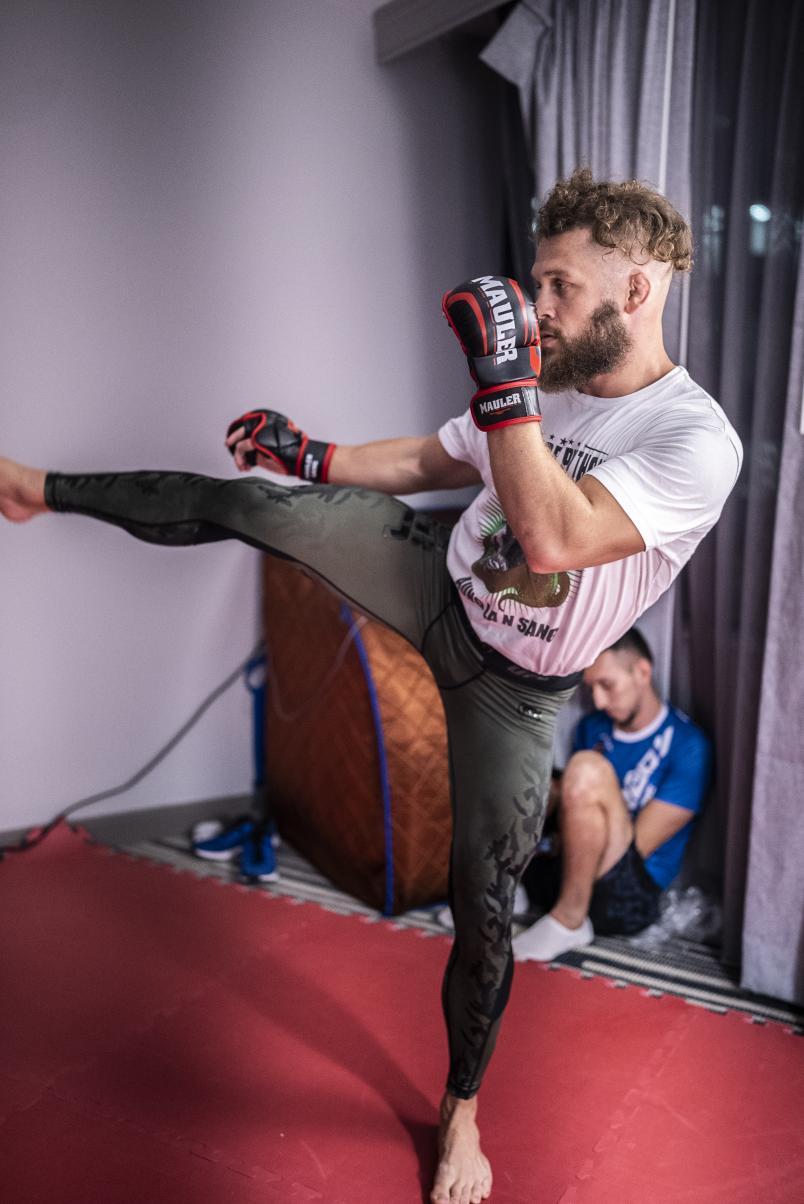 Vicente Luque & Rafael Fiziev training for UFC 265