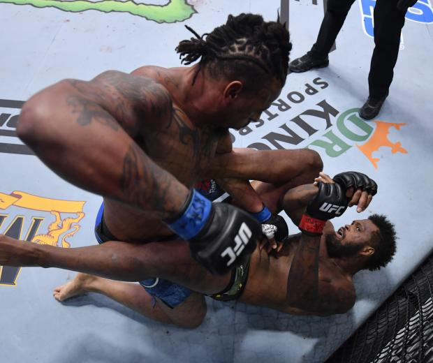 Greg Hardy punches Maurice Greene in a heavyweight bout during the UFC Fight Night event at UFC APEX on October 31, 2020 in Las Vegas, Nevada. (Photo by Jeff Bottari/Zuffa LLC)