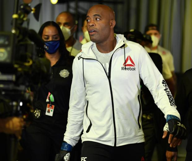Anderson Silva of Brazil prepares to fight Uriah Hall in a middleweight bout during the UFC Fight Night event at UFC APEX on October 31, 2020 in Las Vegas, Nevada. (Photo by Jeff Bottari/Zuffa LLC)
