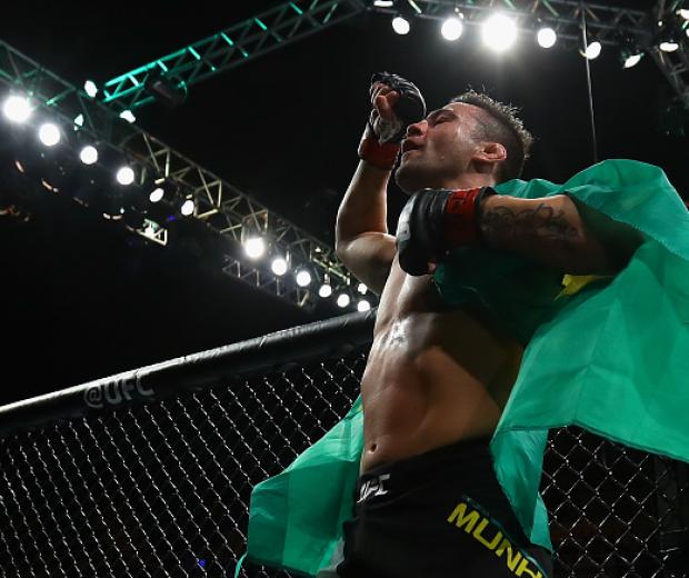Pedro Munhoz of Brazil celebrates victory after his bantamweight bout against Justin Soggins of the United States at the UFC Fight Night Bader v Minotouro at Ibirapuera Gymnasium on November 19, 2016 in Sao Paulo, Brazil. (Photo by Buda Mendes/Zuffa LLC)