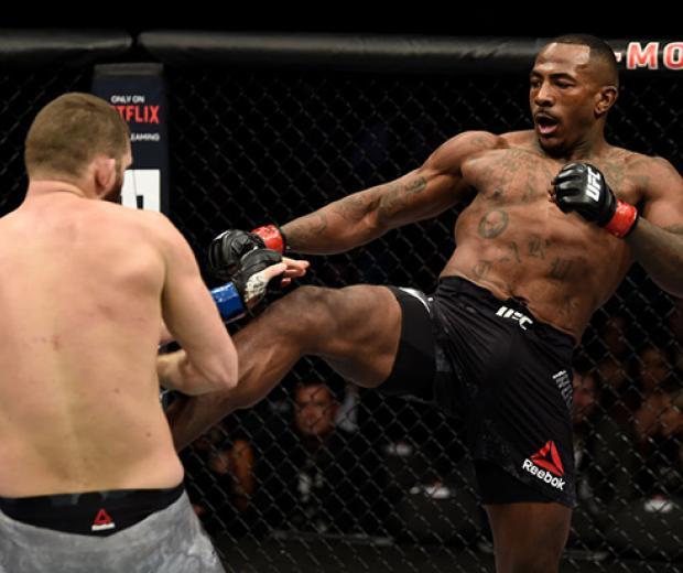 LAS VEGAS, NV - DECEMBER 30:  (R-L) Khalil Rountree Jr. kicks Michal Oleksiejczuk of Poland in their light heavyweight bout during the UFC 219 event inside T-Mobile Arena on December 30, 2017 in Las Vegas, Nevada. (Photo by Jeff Bottari/Zuffa LLC)