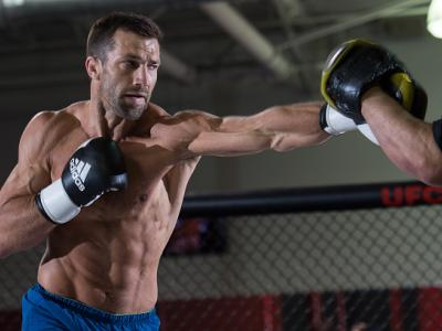 TORRANCE, CA - JUNE 01:   Luke Rockhold holds an open training session for fans and media at the UFC Gym on June 1, 2016 in Torrance, California. (Photo by Brandon Magnus/Zuffa LLC/Zuffa LLC via Getty Images)