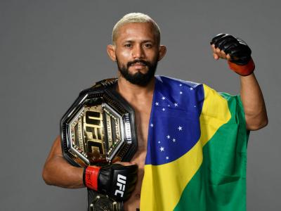 LAS VEGAS, NEVADA - NOVEMBER 21: Deiveson Figueiredo of Brazil backstage during the UFC 255 event at UFC APEX
