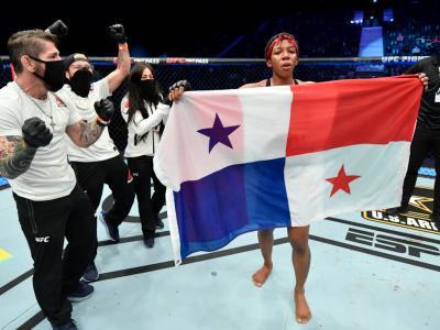ABU DHABI, UNITED ARAB EMIRATES - JANUARY 17: Joselyne Edwards of Panama celebrates after her victory over Wu Yanan of China in a bantamweight bout