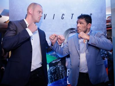 Stefan Struve e Minotauro Nogueira fazem a encarada na UFC Party do UFC 190