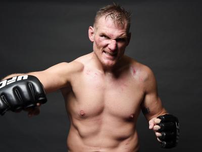Josh Barnett elogia Roy Nelson após luta no UFC Japão.