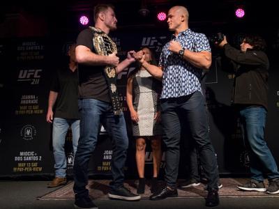 Lutadores ficaram frente a frente em evento que reuniu as principais estrelas do UFC 211, que acontece nesse sábado (13), em Dallas.
