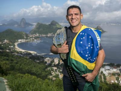 Rafael dos Anjos, peso-leve, Conor McGregor, UFC Brasil, UFC 197