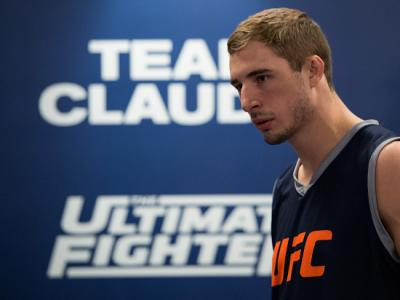 LAS VEGAS, NV - FEBRUARY 2:  Corey Hendricks warms up in his locker room before facing Khalill Rountree during the filming of The Ultimate Fighter: Team Joanna vs Team Claudia at the UFC TUF Gym on February 2, 2016 in Las Vegas, Nevada. (Photo by Brandon