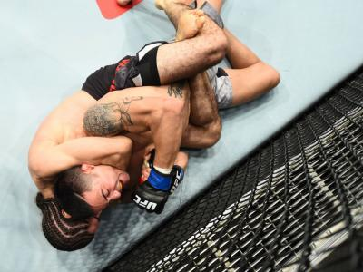 AUSTIN, TX - FEBRUARY 18:  Roberto Sanchez (L) submits Joby Sanchez by rear naked choke in their flyweight bout during the UFC Fight Night event at Frank Erwin Center on February 18, 2018 in Austin, Texas.  (Photo by Josh Hedges/Zuffa LLC/Zuffa LLC via Ge