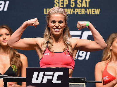 LAS VEGAS, NV - SEPTEMBER 04:  Paige VanZant steps onto the scale during the UFC 191 weigh-in inside MGM Grand Garden Arena on September 4, 2015 in Las Vegas, Nevada.  (Photo by Josh Hedges/Zuffa LLC/Zuffa LLC via Getty Images)